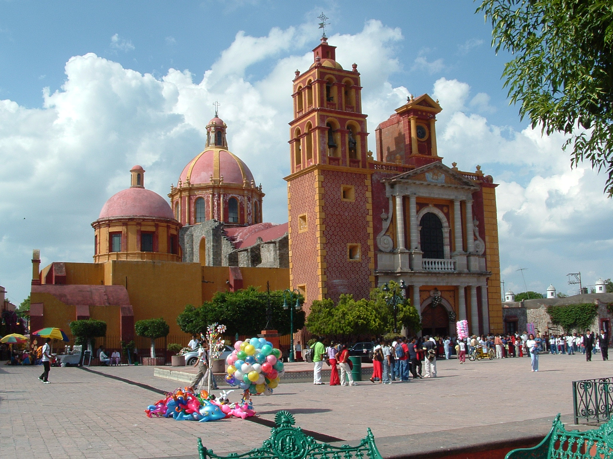 A photo from the city of Queretaro, Mexico, taken by Julie Hempel.