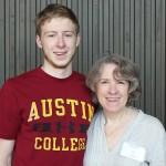 Elliot Nirider with mom Leslie '81